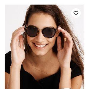 Madewelll Tortoise Shell Sunglasses